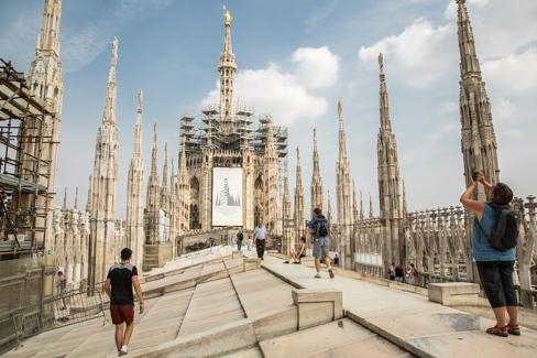 het dak van de dom van milaan bezoeken